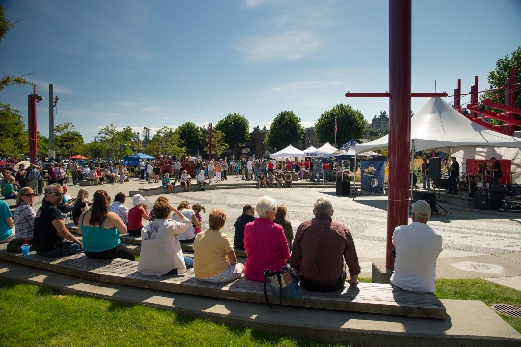 Campbell River Spirit Square. Credit: Tourism Campbell River