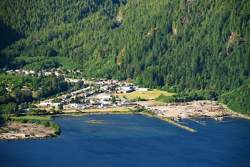 Village of Tahsis. Credit: VancouverIsland.com