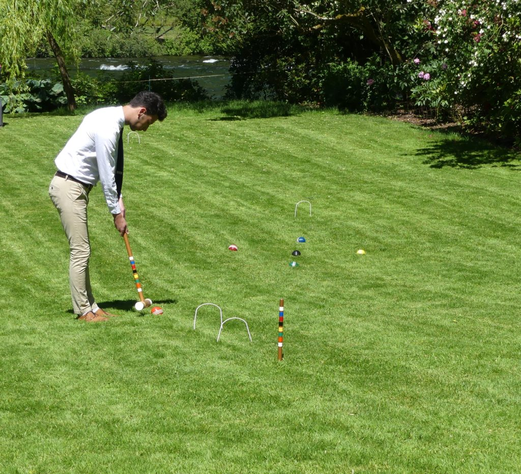 max playing croquet