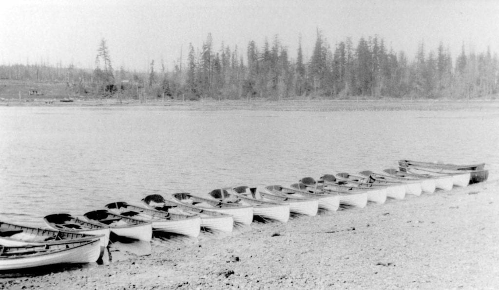 CRM 20282-22 Courtesy of Museum at Campbell River Painter boats lined up on Tyee Spit