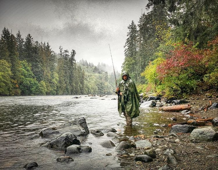 fishing-river-poncho