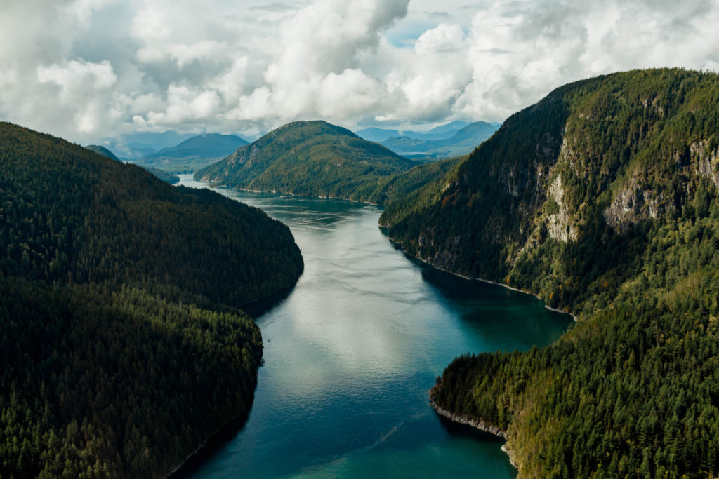 Helicopter tour over the Discovery Islands