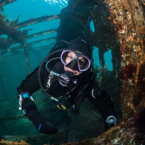 Krystal-Janicki-in-the-May-Island-Wreck---Discovery-Passage