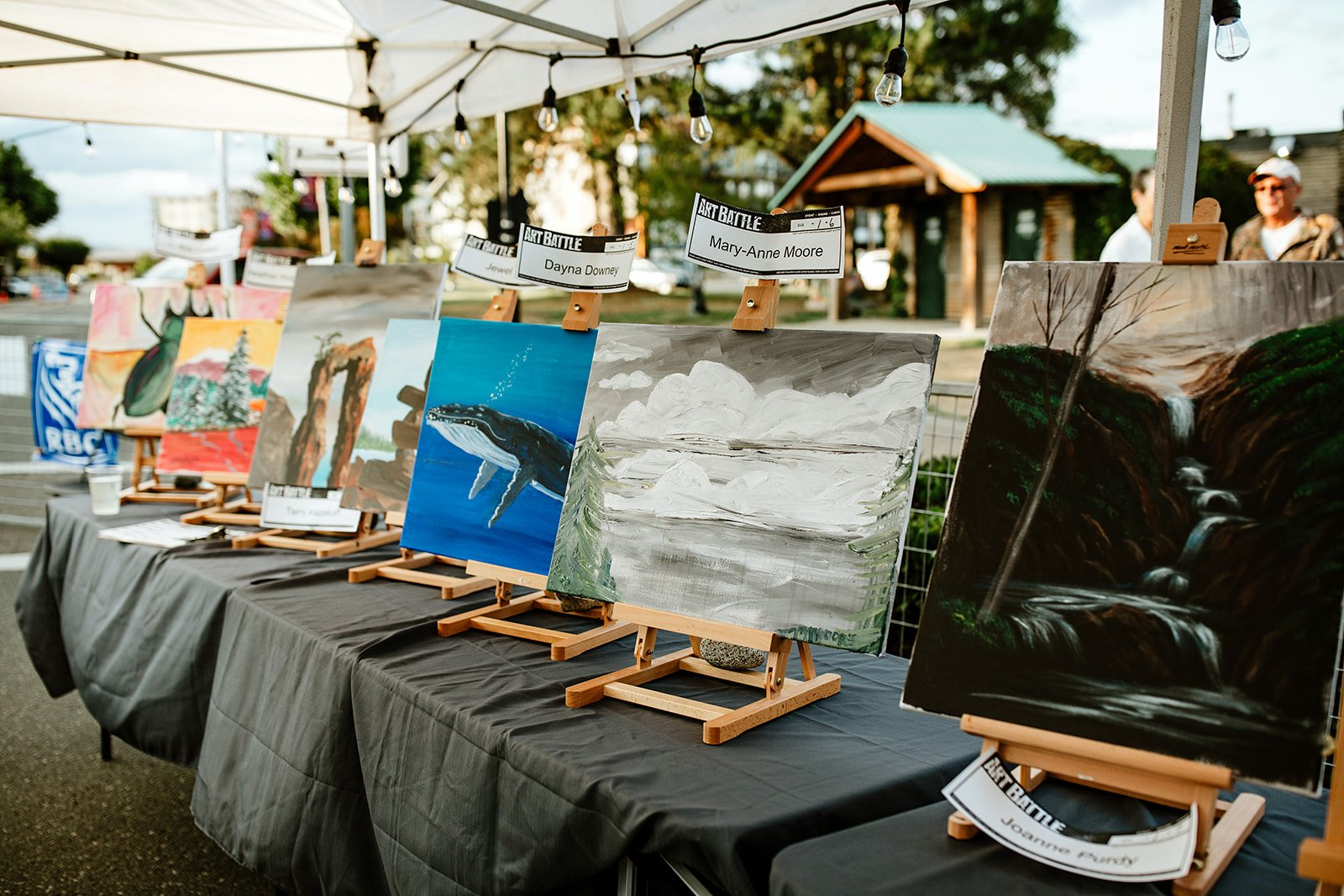 Photo by Bluetree Photography taken at an Art Battle event