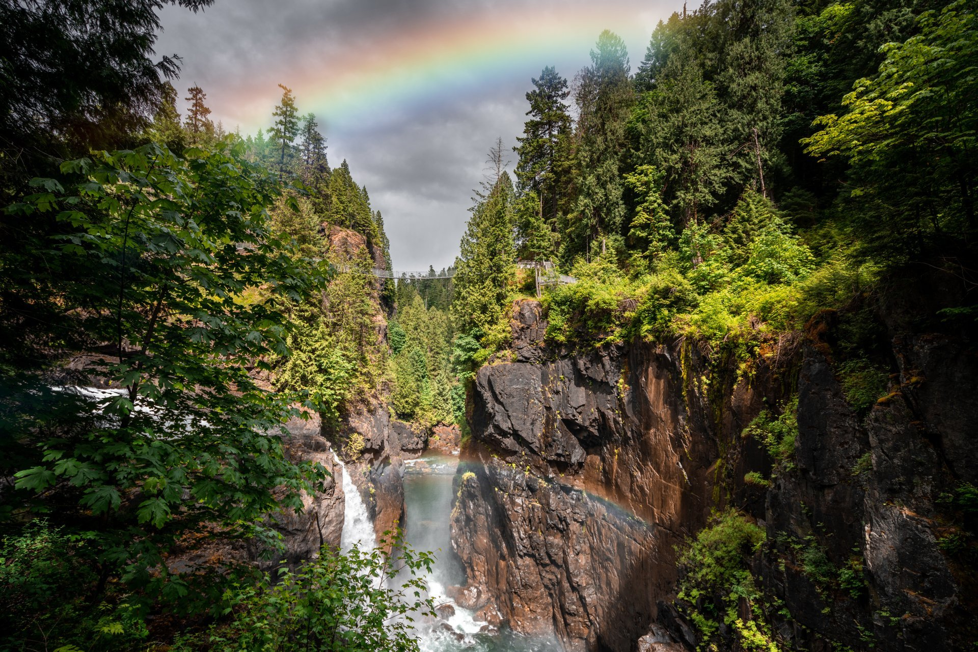 Elk Falls cascades 25 metres, making for some stunning photos. Image Credit: Tyler Cave